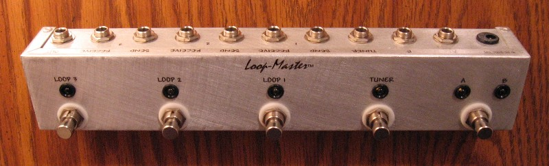 3 Loop Effect Switcher  w/Tuner Out & A/B Inputs (Strip)