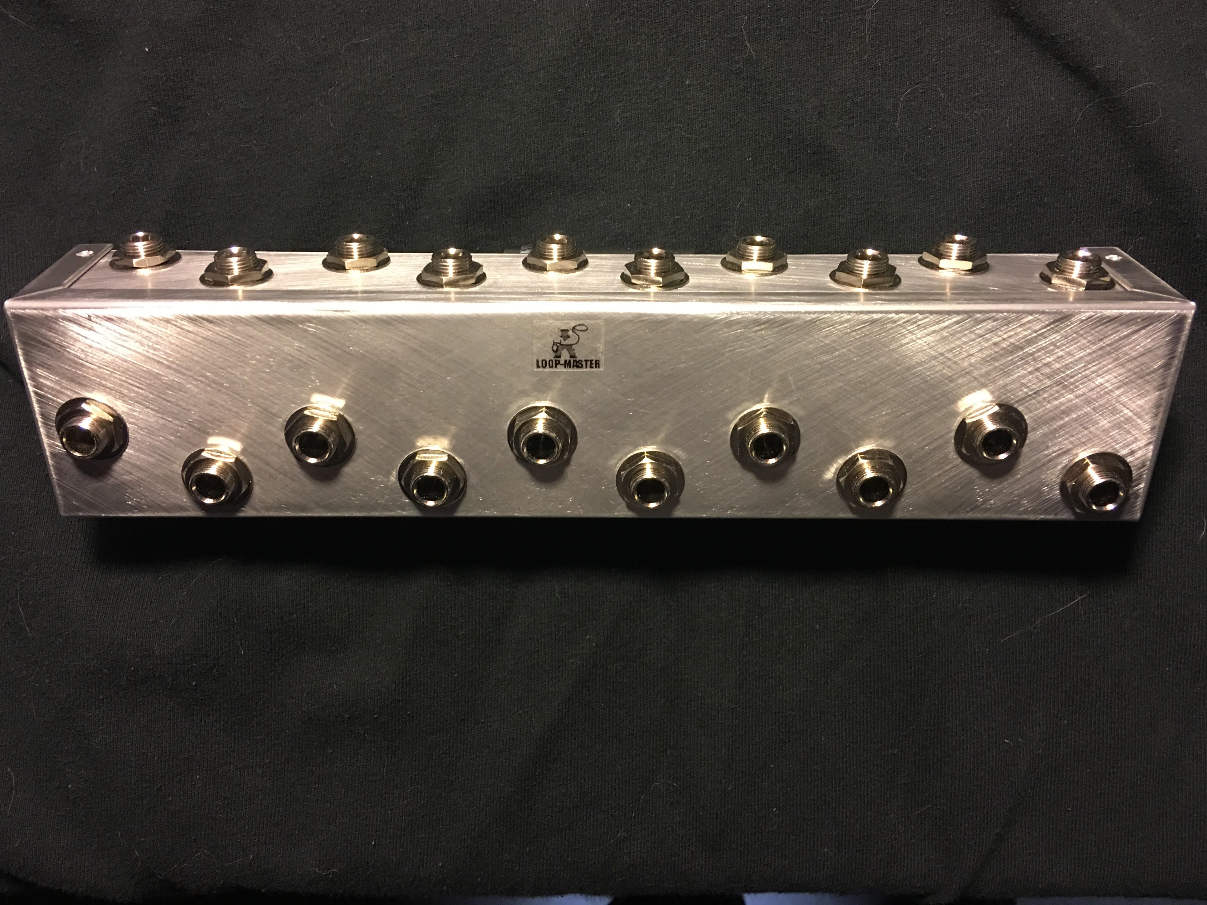 10-Way Pedalboard Patch Bay