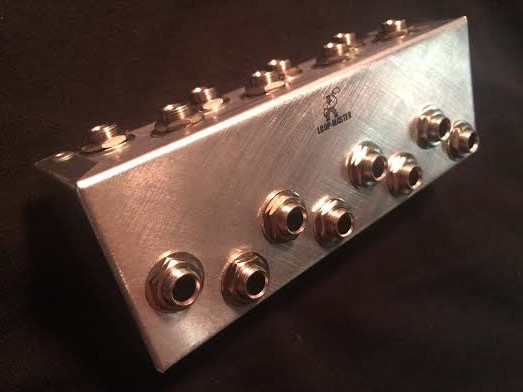 8-Way Pedalboard Patch Bay