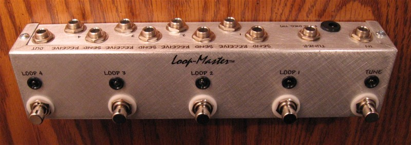 4 Looper w/Tuner Out (Strip) (B)